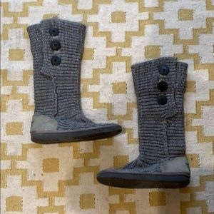 Ugg knit boots in grey
